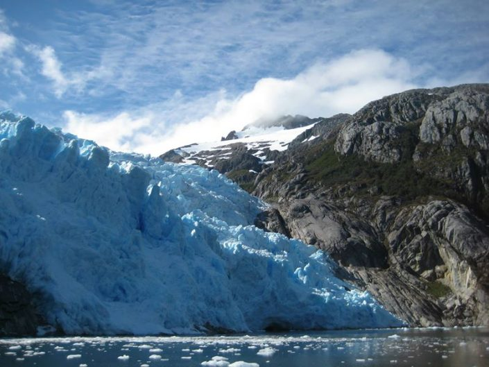Glacier santa Inés détroit de Magellan