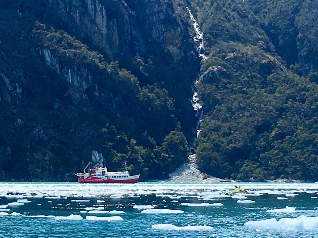 dans les fjords et canaux du Chili