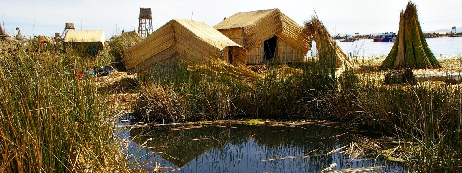 Iles Uros, lac Titikaka, Puno