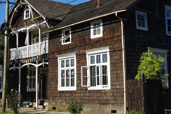Puerto Varas, Chili, maison en bois local, alerce