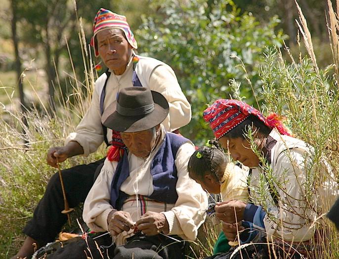 atelier tricot sur l'ile de Taquile, lac Titikaka