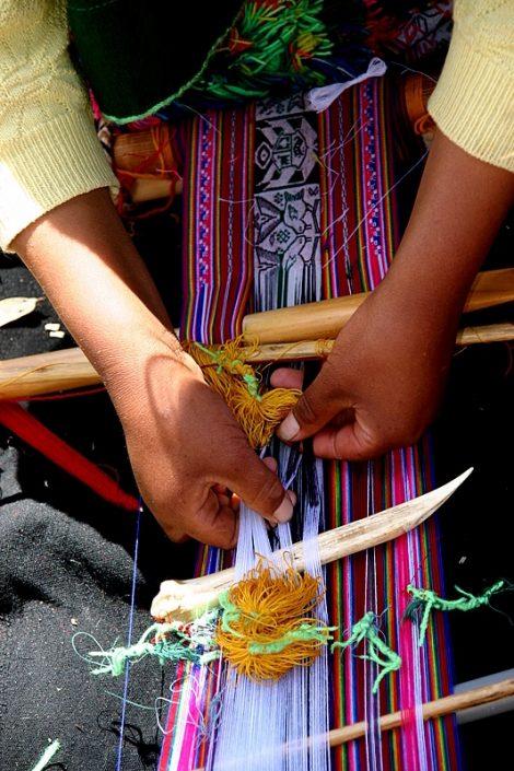 tissage de Taquile, atelier avec voyageurs de Surinmenso